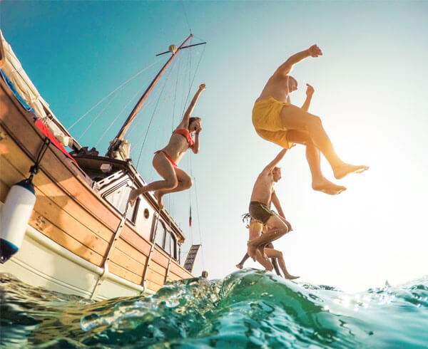 pirate-cruise-zakythos