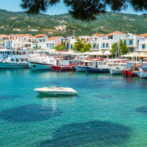 sail to skiathos